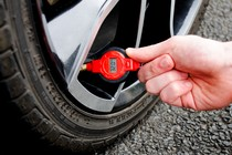 - Mini Digital Tyre Pressure Gauge