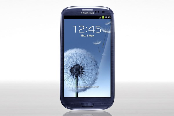 Kogan have the best price on the Samsung Galaxy S3. They have it for $558 delivered!