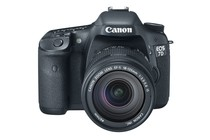 - Canon EOS 7D DSLR 18-135mm Lens Kit